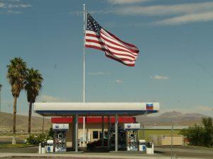 petrol-stations-4528_1920